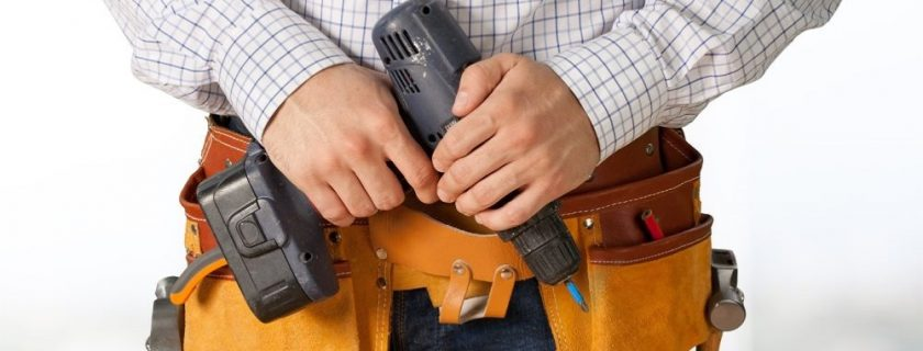 A Guide to Choosing Corded and Cordless Power Tools
